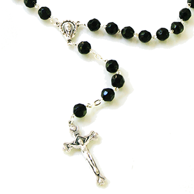 black-rosary-home